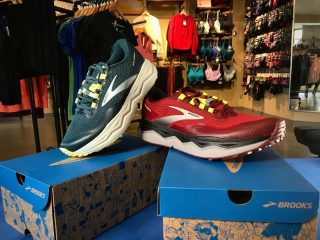 Stop in and check out the new @brooksrunning Caldera 5! High cushion and comfort for the trails with great traction. If you were a fan of the Caldera 4's you will love the 5's!  Pairs perfect with some new @injinji trail socks or a 5L pack from @salomon #runeugene #runhappy #runhubnw #running