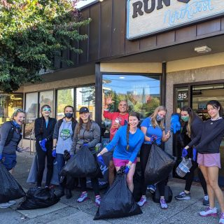 Thank you to everyone who came out to pick up trash with us along the river path on Saturday! We all agreed it's something we'd like to do more often.  👟A big thanks to Brooks for bringing the Levitate 5 to demo and filling our bellies with pastries afterward! And shout out to @palacecoffeebakery for fueling us with ☕️!  #runhappy #brooksrunning #brookslevitate5 #plogging #trashpickup