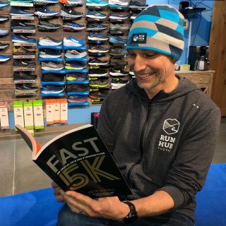 Cozy up in your new Run Hub beanie and a book on a cold day or take it out for a spin on your next chilly run, walk or hike! ⠀⠀⠀⠀⠀⠀⠀⠀⠀⠀⠀⠀ #runhubnw #runeugene #runlanecounty #eugenecascadescoast