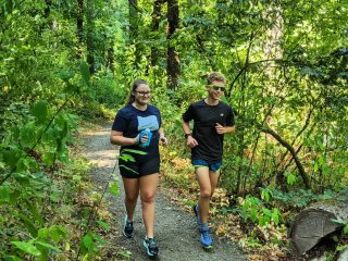 Maybe your Labor Day weekend includes hitting the trails … with some *NEW* trail kicks.  Check out two new additions to the Run Hub trail lineup, the Salomon Sense  Ride 4 and Brooks Cascadia 16!   #trailrunning #trailrun #runeugene #runhubnw #runhappy #brooksrunning #runonemotion #salomonrunning